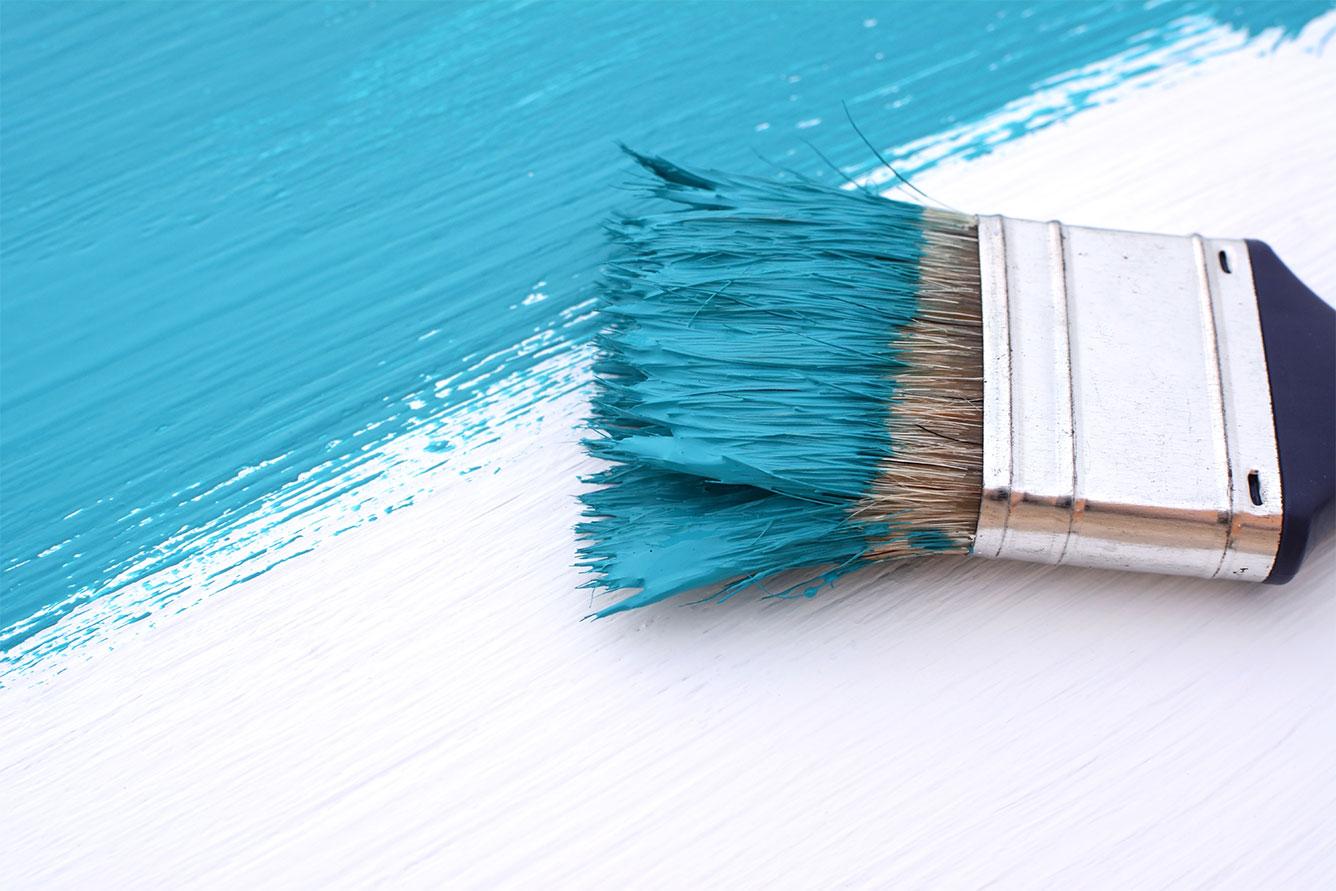 RULLO O PENNELLO. Qual è lo strumento più adatto per ritinteggiare casa?